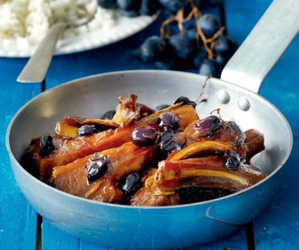 Бараньи ребрышки с виноградом и петимэзи